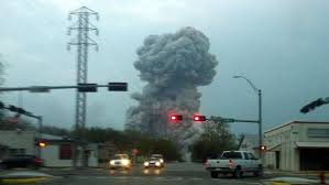 The mushroom cloud from the blast that rocked West, Texas on the evening of 17 April.