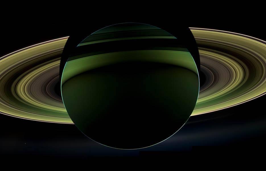SaturnGreenSilhouette