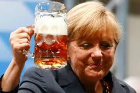 MerkelwBeerFace