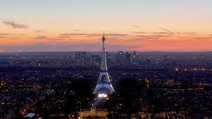 Paris-EiffelTower-Dawn