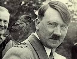 HitlerwRavenonShoulder