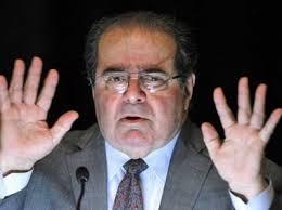 Scalia-handsUp