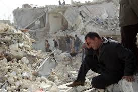 SyriaAleppo-RuinsCryingMan