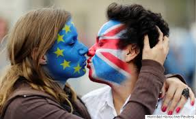 KissingFlagFacesEUBritain