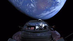 640px-Elon_Musk's_Tesla_Roadster_Starman-cFree