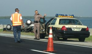 640px-Florida_Highway_Patrol_in_action-Free