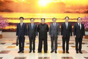 640px-Kim_Jong-un_meets_SKorean_envoys_SourceBlueHouseROK