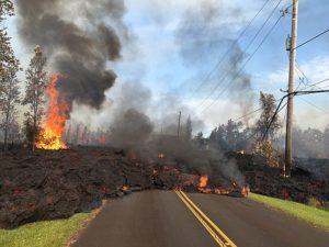 640px-USGS_Kīlauea_Eruption2018LavaStreet