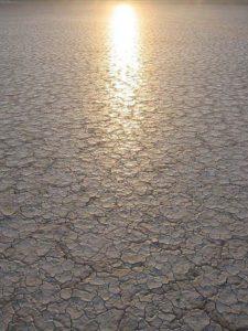 450px-Desert_sunsetSRCPeteForsyth-WikiStrategies-