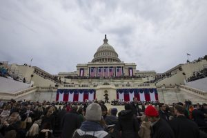 640px-U.S._Capitol_building_on_Inauguration_Day_01-20-17